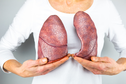 Study Links Menopause to Lung Function Decline in Women